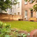 Dolziger Straße 48, Garten im Hinterhof