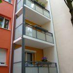 Straßmannstraße 15, Balkone